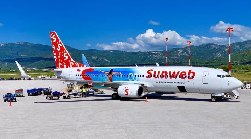 Sunweb vliegtuig