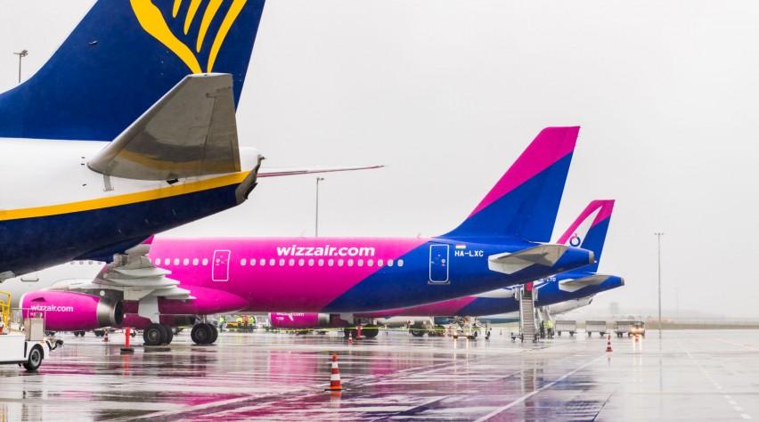Eindhoven Airport Ryanair Wizz