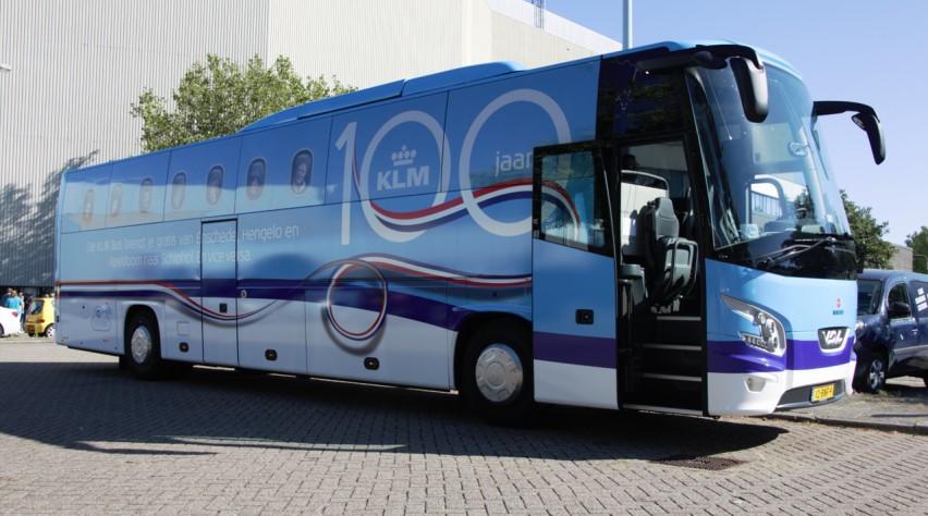 KLM 100 bus